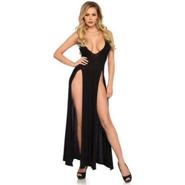Шикарное платье с двумя вырезами.Материал мелкая мягкая сеточка.Размер