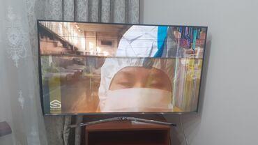 """Телевизоры - 55"""" - Бишкек: Самсунг-55 .2015 года.смарт. Треснутый экран"""