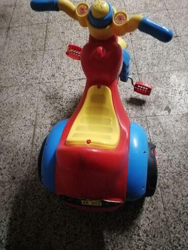 Tricikl za decu do 3 godine