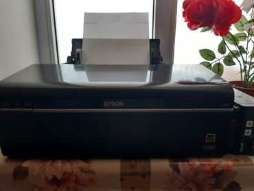 Printer epson t50 na zapchasti - Кыргызстан: Принтер Epson l800 сатылат жакшы абалда
