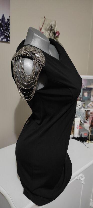 587 oglasa: Brendirana novaBRUTALNO DOBRA haljinaKupljena prekoVrhunski kvalitet