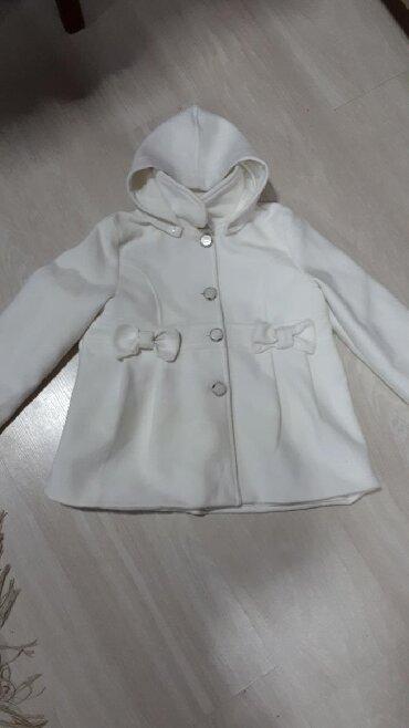 qış üçün uşaq paltoları - Azərbaycan: Palto cox seliqelidi 5,6,7yas usaqlara gedir. Icliyinde 6yas yazilib