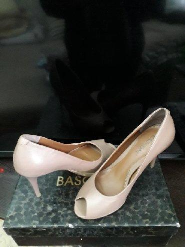 """туфли charles keith в Кыргызстан: Кожаные туфли """"basconi"""". 35 размер. Абсолютно новые. Стильные бежевые"""