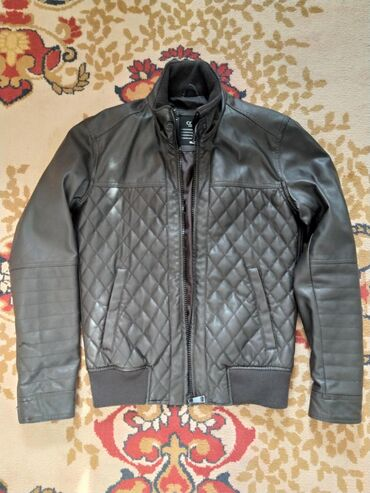 Срочно!!! Продаю мужская куртка Colin's Размер S-46 Привёз из