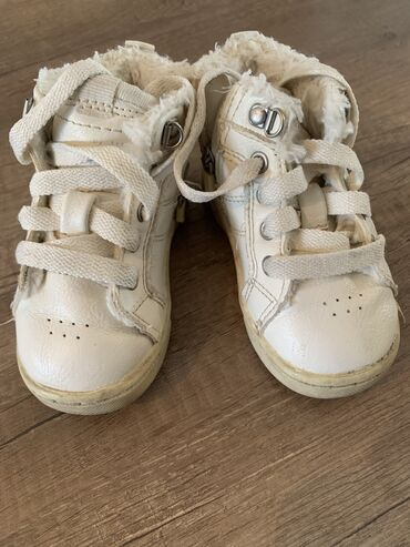 Детский мир - Лебединовка: Деми ботинки на мальчика или девочку Zara baby 19 размер Кожа   Ахунба