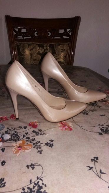 Туфли сост.отл.1 раз надевала... размер написано 36... подходит на 37. в Бишкек - фото 4