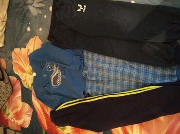 Одежда для дома на мальчика 8-10 лет пижама, спортивные с зелёной