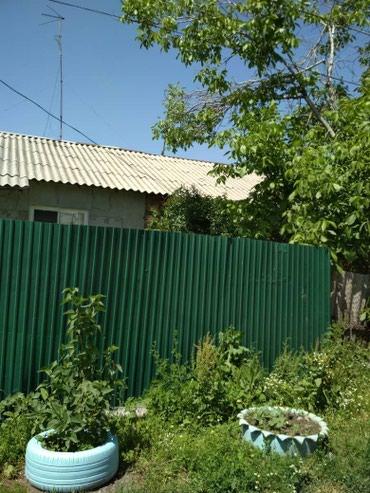 Продаю: кирпичные полдома, в в Бишкек