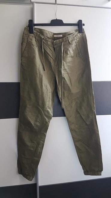 Esprit ženske pantalone,L veličina,nemaju elastin,odlican model,lepo - Belgrade