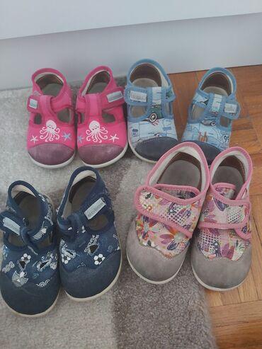 Dečije Cipele i Čizme - Crvenka: Decine patofne ; ciklama 21,svetlo plave 21,teget 20,roze 22sve su