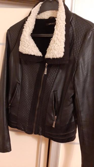 Ženska jakna sa krznom 42 ili xl vel.odlična lepo stoji - Crvenka