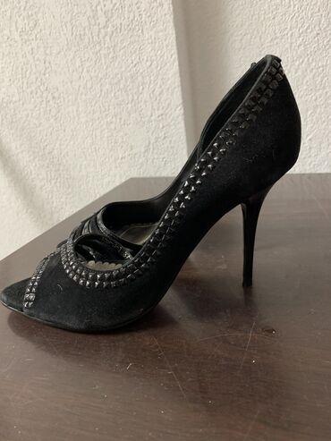 Туфли 37 размер 200 сом