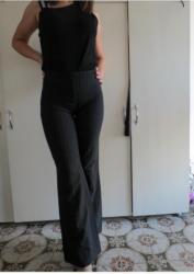 Pimkie - Srbija: Pimkie pantalone SPimkie crne pantalone sa prugicama zvonaste