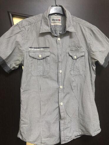 Рубашка мужская, куплена в Дубаи за 2100, один раз одета, размер