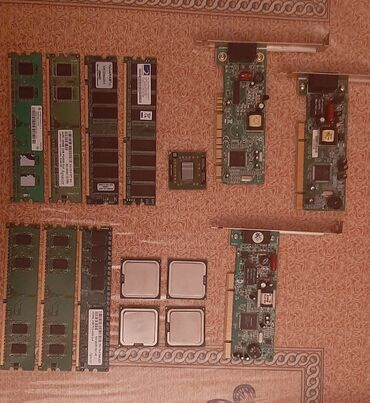 fiyat performans laptop - Azərbaycan: Ddr2 DDR1 ramlar 512mb 256mb1 nüvəli processorlar 1.8ghz