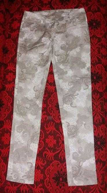 Letnje pantalone, S veličine, 97% pamuk i 3% elastina, uvoz iz - Nis