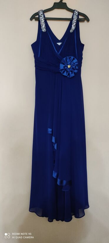 Платья - Кыргызстан: Фирменное вечернее платье, состояние нового. Покупали за 13500 сом