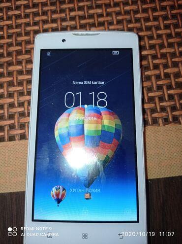 Lenovo a536 - Srbija: Telefon Lenovo polovanIma mala ostecenja,Ali ga ne ometaju u radu,1 GB