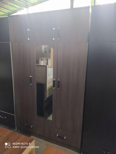 Новые трехдверные шкафы с антресольем. 7000 сом по городу бесплатно