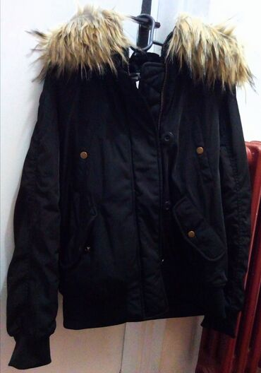 Zenska potpuno nova jaknica za zimu, H&M marka, broj 38, sa