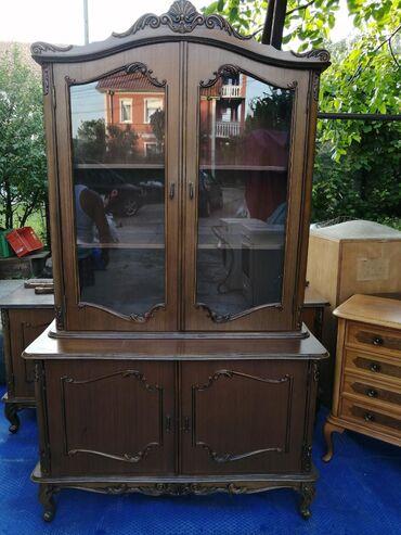 Kredenac | Srbija: Starinska stilska vitrina, odlicno ocuvana. Vredi pogledati. Cena nije