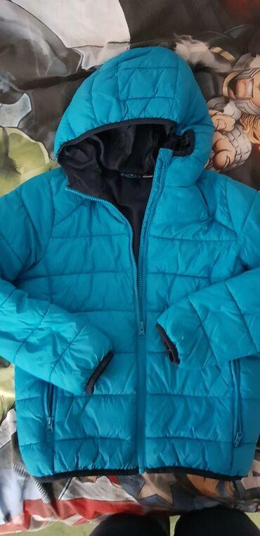 Benetton jakna - Pozarevac: Jakna za decaka,velicina 134(8-9) god