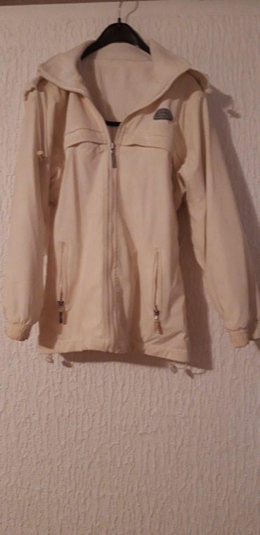 Nova jakna marke Polo. Nepromocljiva, unutra postavljena. Bele boje - Belgrade