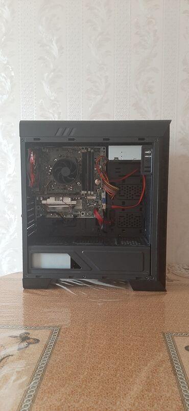 qırmızı bodilər - Azərbaycan: Sistem bloku Keys Gamemax PardoBir qırmızı fan var (əlavə qoşmaq