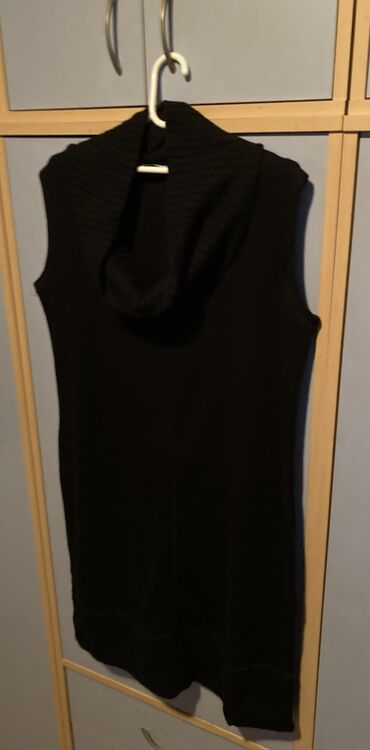Trikotazna haljina, sa opustenom rol kragnom velicina 46