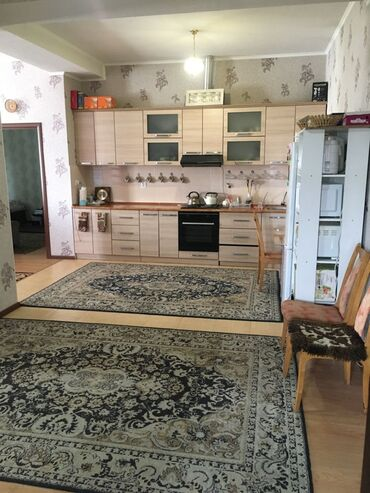 пластик для потолка цена в Кыргызстан: Продается квартира: 4 комнаты, 124 кв. м