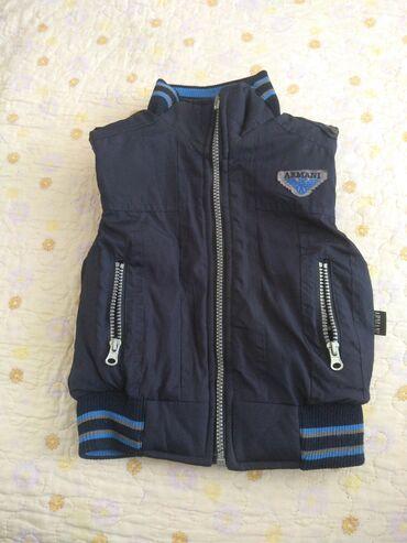 куртка касуха в Кыргызстан: Двухсторонняя куртка жилетка на 1-1,5 года