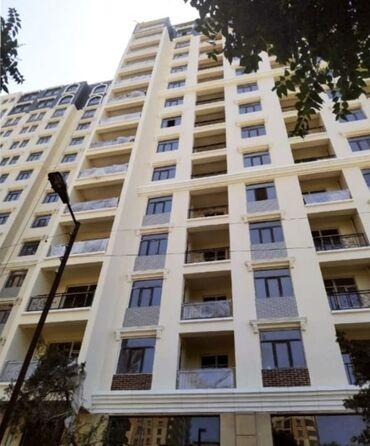 buick park avenue 28 at - Azərbaycan: Mənzil satılır: 4 otaqlı, 178 kv. m