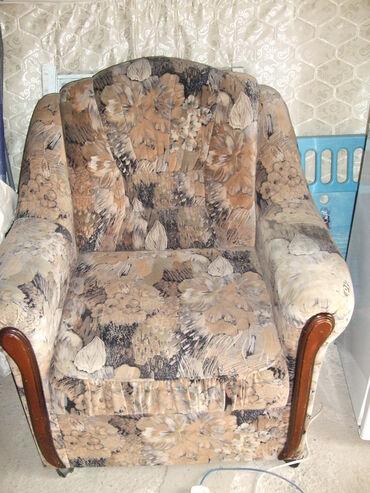 Кресла в Кыргызстан: Кресло в хорошем состоянии