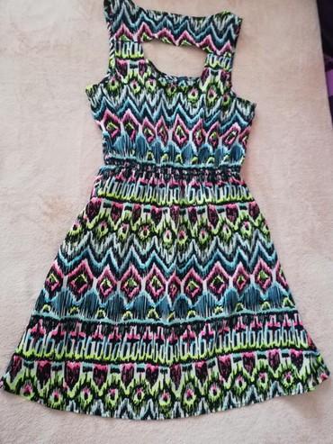 Prodajem Tally Weijl haljinu u M velicini. Duzina 86cm,poluobim ispod - Novi Sad
