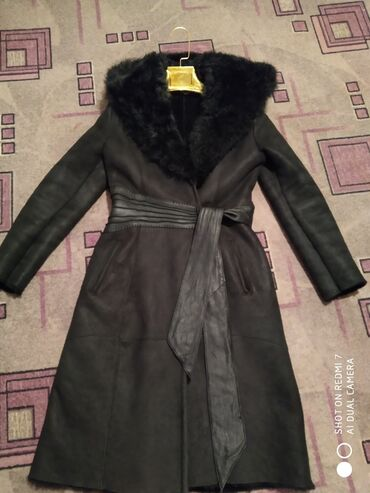 женская платье 42 44 размер в Кыргызстан: Натуральный турецкий дублёнка сатылат размер 42-44 ко чак