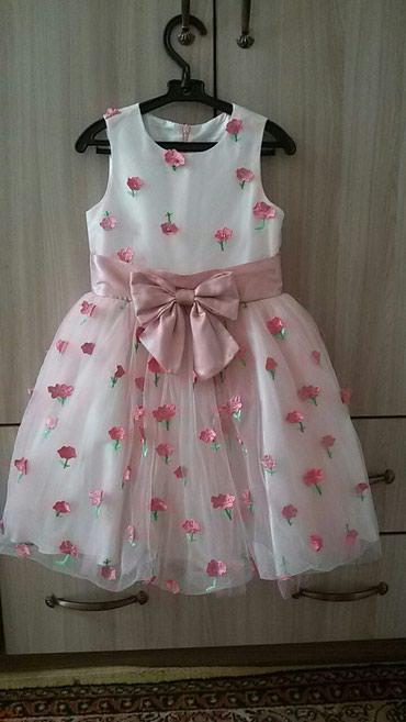 Шикарное платье для девочек на 6-7 лет, в Бишкек