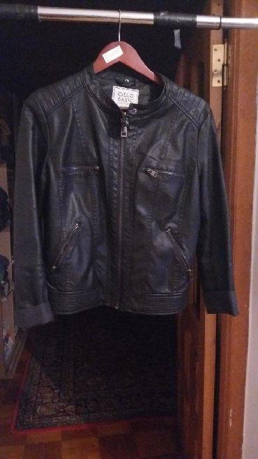 женская-новая-куртка в Азербайджан: Qadin ucun kurtka 38.40 razmer.Hec bir defekti yoxdu .1 2 defe