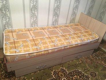 продаю кровать с матрасом в отличном состоянии  в Бишкек