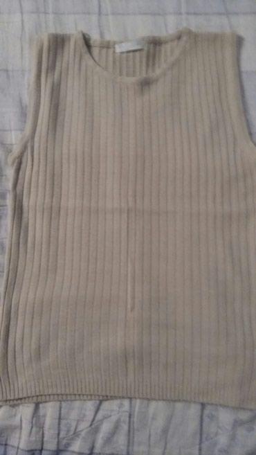 Majica jako prijatnog materijala vel.2(fr je broj),tako da je S-M,bež - Petrovac na Mlavi