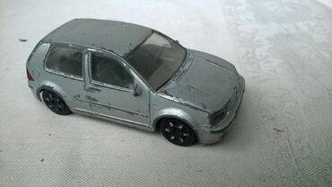 Vw buba - Srbija: Burago VW Golf, 1:43 Italy,izgreban