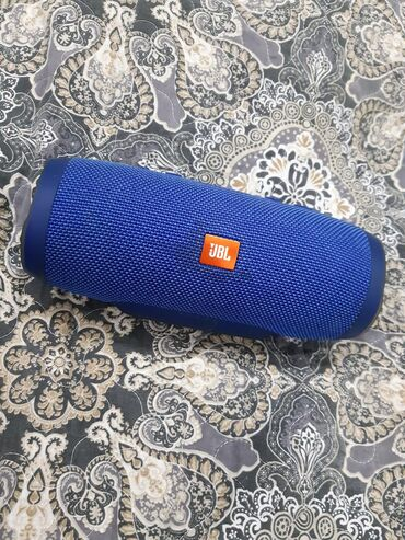 bluetooth-колонка в Кыргызстан: Колонка JBL CHARGE 3Оригинальная колонка JBL CHARGE 3.Купленная и