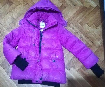 Snezno-bela - Srbija: Odlična zimska jakna 10Odlična, topla, moderna. Kopčanje + cipzar