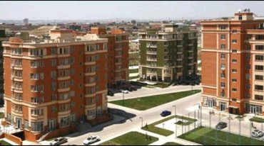 Bakı şəhərində 28 Mayda yerləşən iri binanının mühafizəsinə bəylər tələb olunur.İş