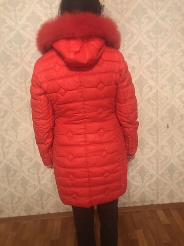 продам патефон в Кыргызстан: Продам куртку в хорошем состоянии,зимняя,тёплая