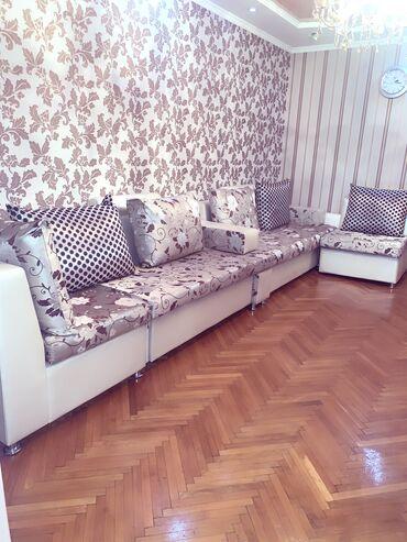 Продаю раздвижной диван в связи с переездом состояние хорошее