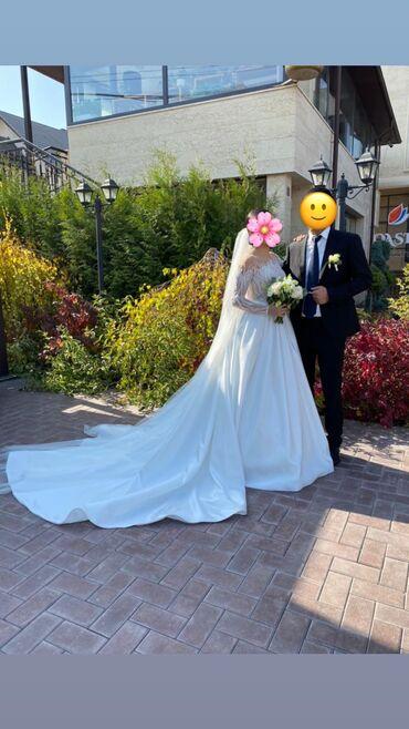 Продаётся свадебное платье, очень красивое и легкое ! Надевали 1 раз