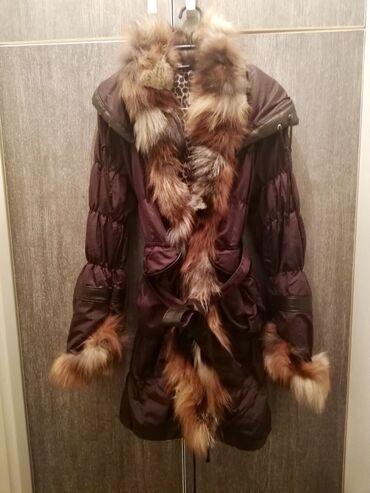 Duga zimska jakna - Srbija: Dugacka zimska jakna, prirodno krzno celom duzinom i oko rukava.  Bren