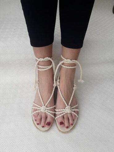 Ženska obuća | Valjevo: Pimkie - broj 39 - sandale - jako udobne i lagane. Broj 39 gaziste