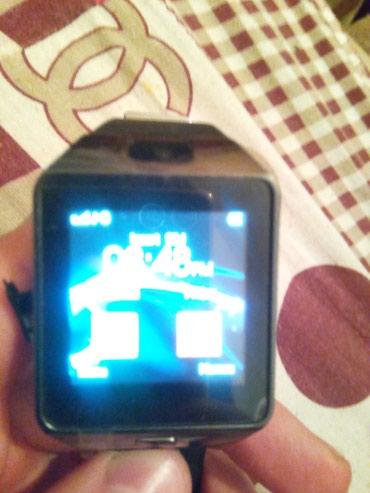 часы все цвета в Кыргызстан: Продам смарт часы новые, есть три цвета чёрный белый золотой