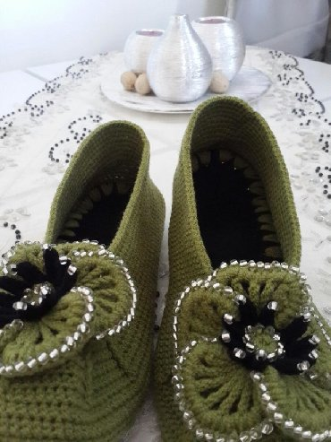платье футляр зеленого цвета в Кыргызстан: Домашные тапочки 38 -39 размер цвет хаки
